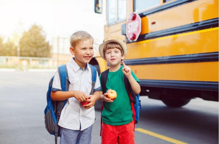 Serviço de transporte de crianças