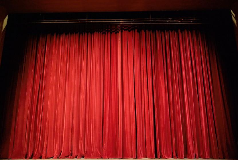 atividades extracurriculares - clube de teatro